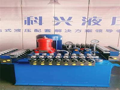 矿井液压泵站