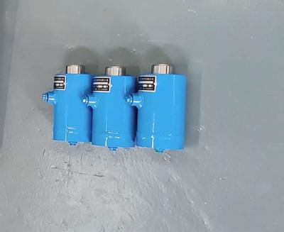 振动式机械液压油缸